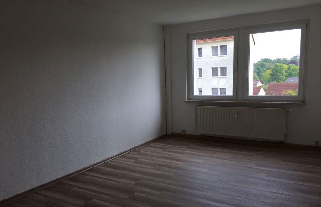 Wohnzimmer Zweiraumwohnung Dresden vorher